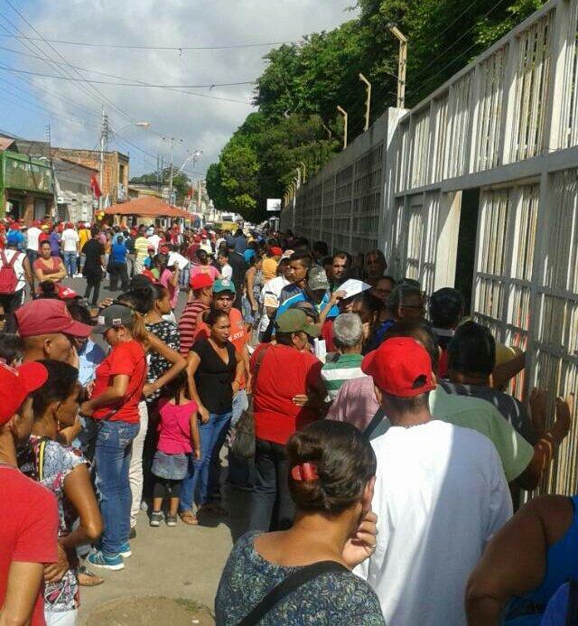 Centro de votación en la Escuela Grupo Zulia Municipio Mariño, en el estado Nueva Esparta.  #16JEnsayoConstituyente #VenezuelaVotaEn14Dias https://t.co/kMVILwi3Zf