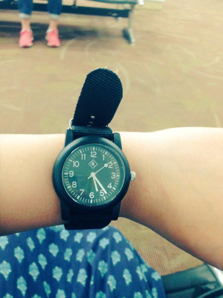 test ツイッターメディア - DAISOで買った500円の時計が1番いい仕事したw つけたまま海にがっつり入っても、全然壊れないw 素晴らしすぎ!!! また買う! #ダイソー https://t.co/KP7B9m31JD