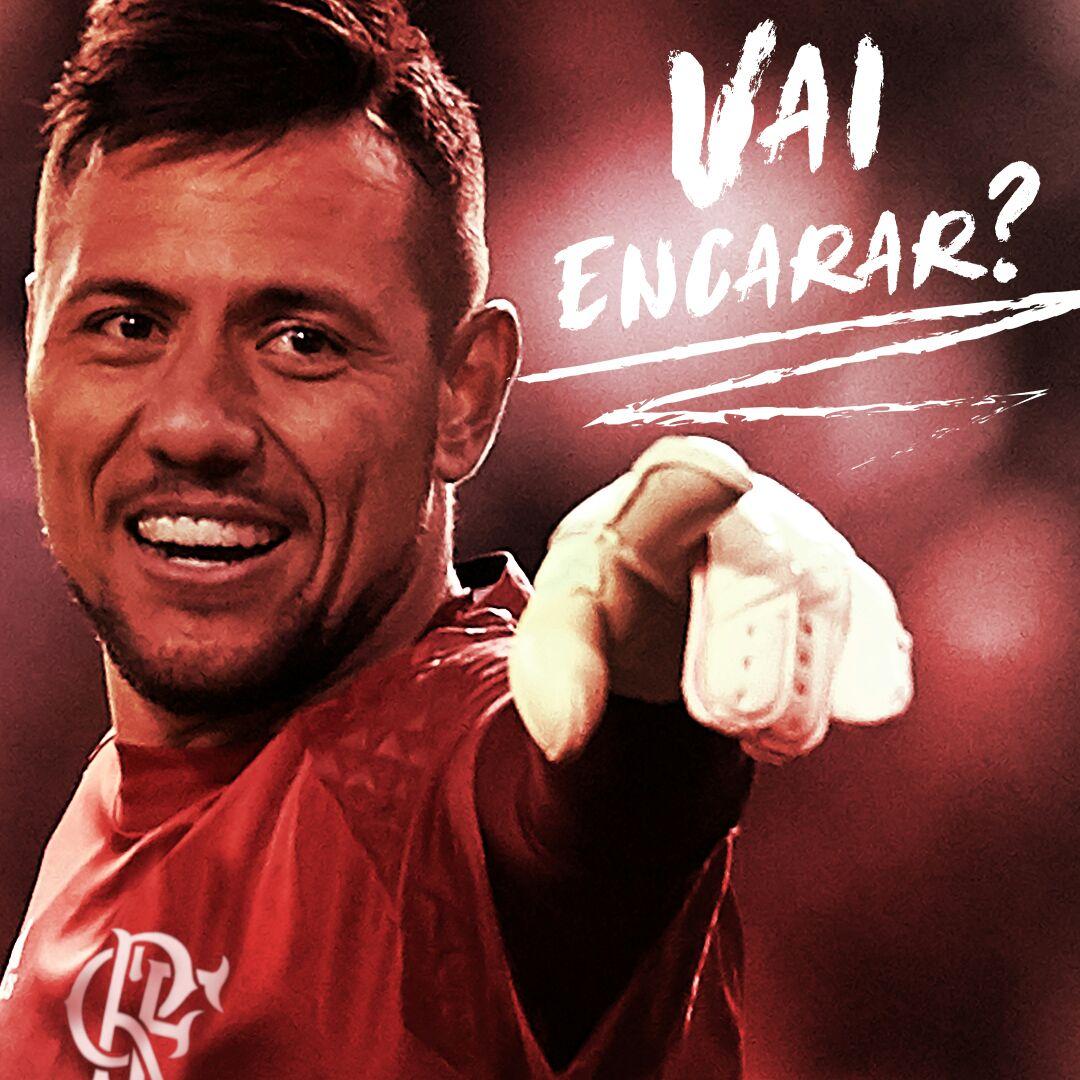 É oficial! O @valenciacf anunciou que Diego Alves é o novo goleiro do @Flamengo!