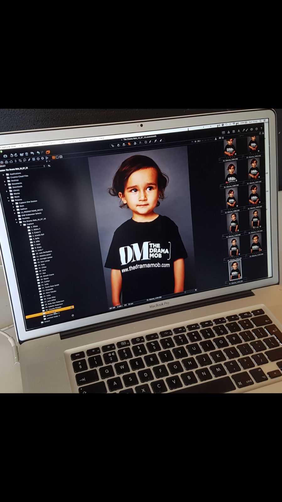 RT @thedramamob: Photo update day with @DomBrophy, we have some stunning children on our books #castings https://t.co/HiyirmwhwC