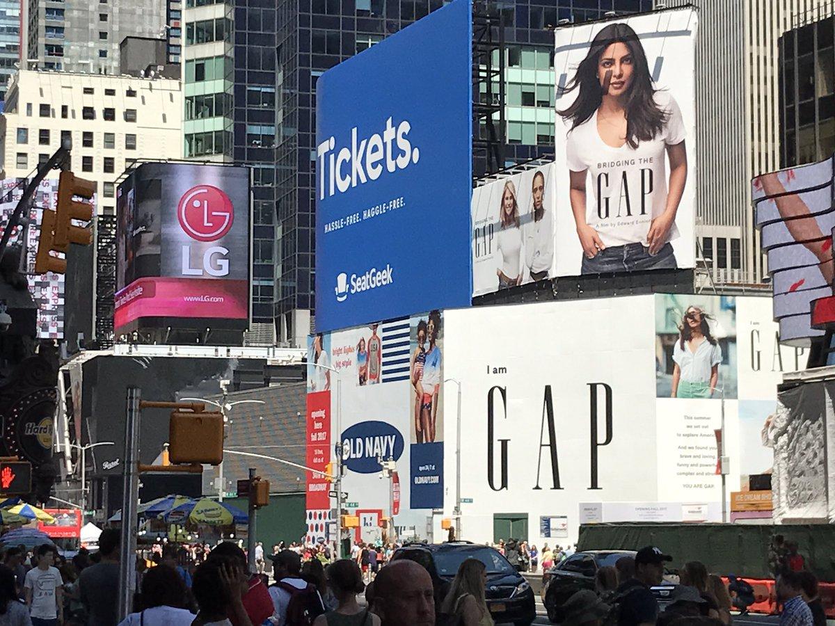 """I'll take Manhattan,"" said Judith Krantz, unknowingly prophesying the arrival of @priyankachopra in Times Square. https://t.co/XTKFhEKpYi"