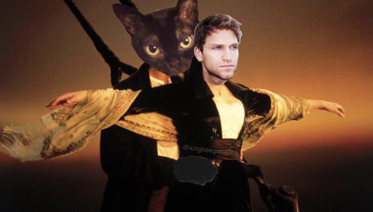 Only cat owners will understand https://t.co/0apjQAtzx2