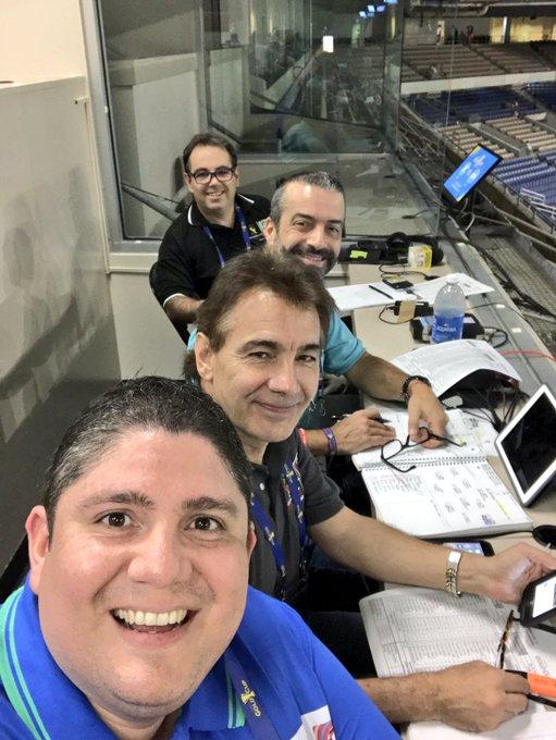 Copa Oro 2017: El Salvador vs Jamaica. Preparacion del juego. DE4rsH3UIAA2I_4