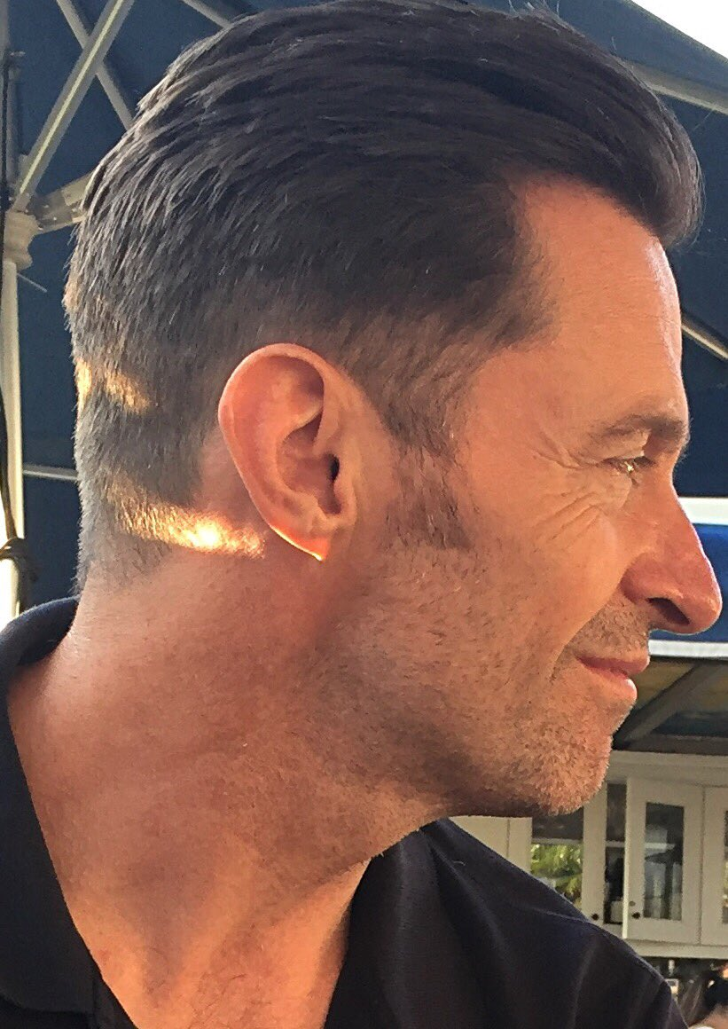 @RealHughJackman O you,so perfect and so peerless,are created of every creature's best! #HughJackman  #JerryPopolis