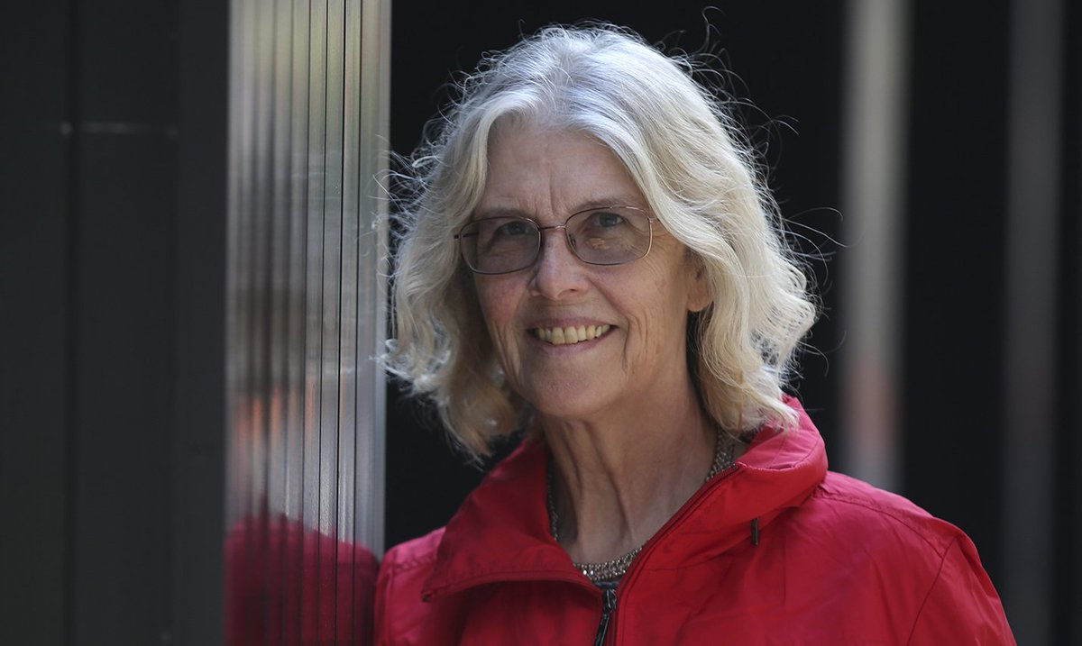 I believe that you either love the work or the rewards. Life is a lot easier if you love the work. JANE SMILEY  #amwriting #writinglife <br>http://pic.twitter.com/npzsHyK8qh