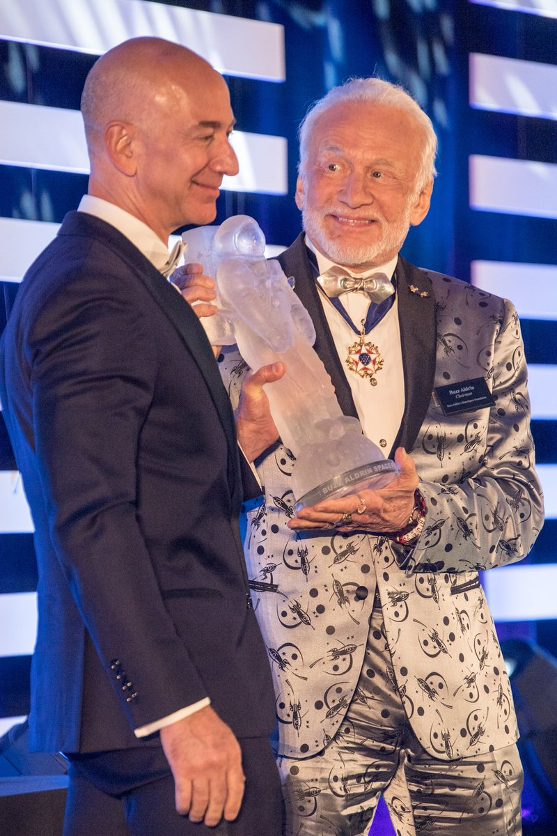 Delighted to give the first annual Buzz Aldrin Space Innovation Award to @JeffBezos and @BlueOrigin