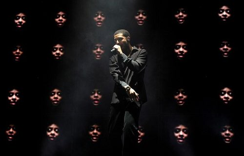 Drake would give an entertaining halftime show with nothing but hits. #SuperBowl <br>http://pic.twitter.com/qQykIgFScX