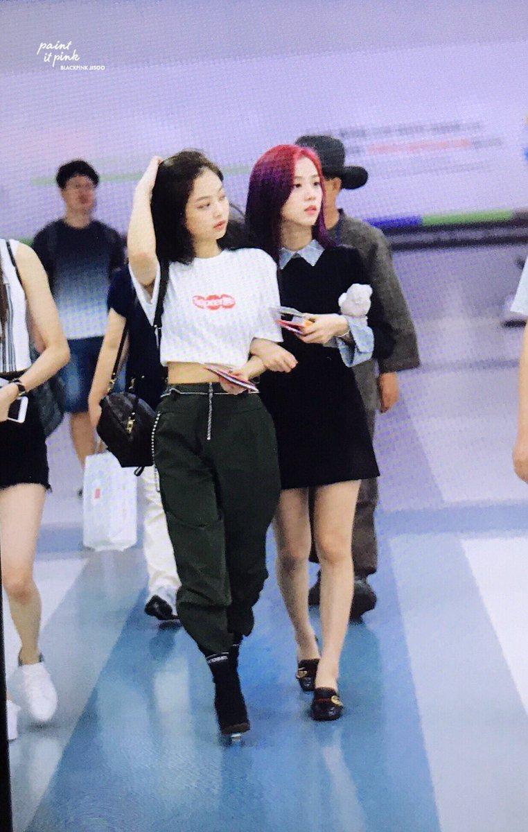 Blackpinku0026#39;s airport fashion | allkpop Forums