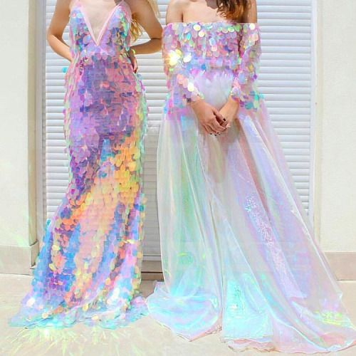 &#39;no, we don&#39;t think we look too extra&#39;  #sparkle #dressgoals<br>http://pic.twitter.com/vcBF1u68C2