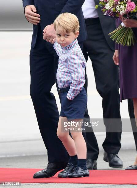 #PrinceGeorge pulls a face on arrival in...