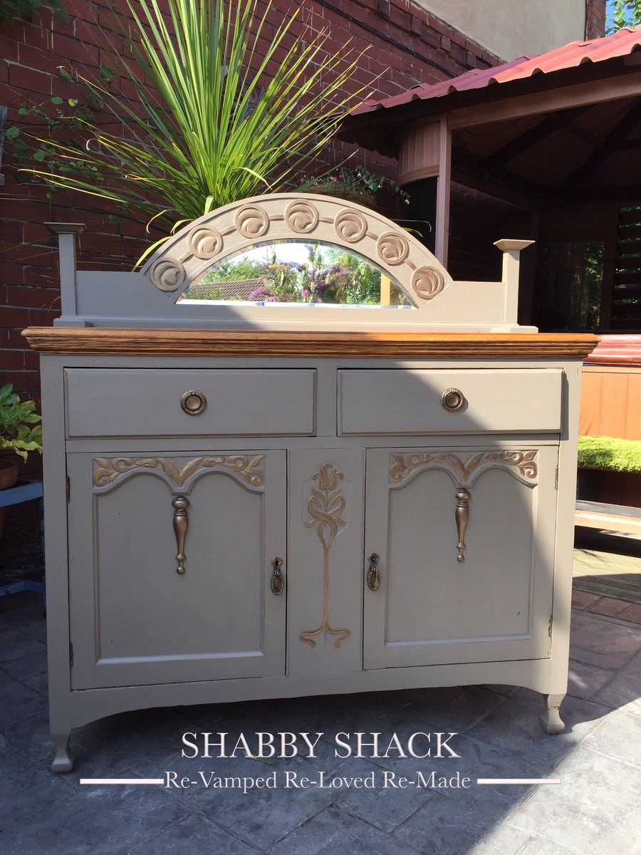 Solid #oak #antique #sideboard £180 #upcycled #doncasterhour #doncasterbusiness #doncasterisgreat #vintage #revamped #shabbychic<br>http://pic.twitter.com/Uxhzy0aHpb