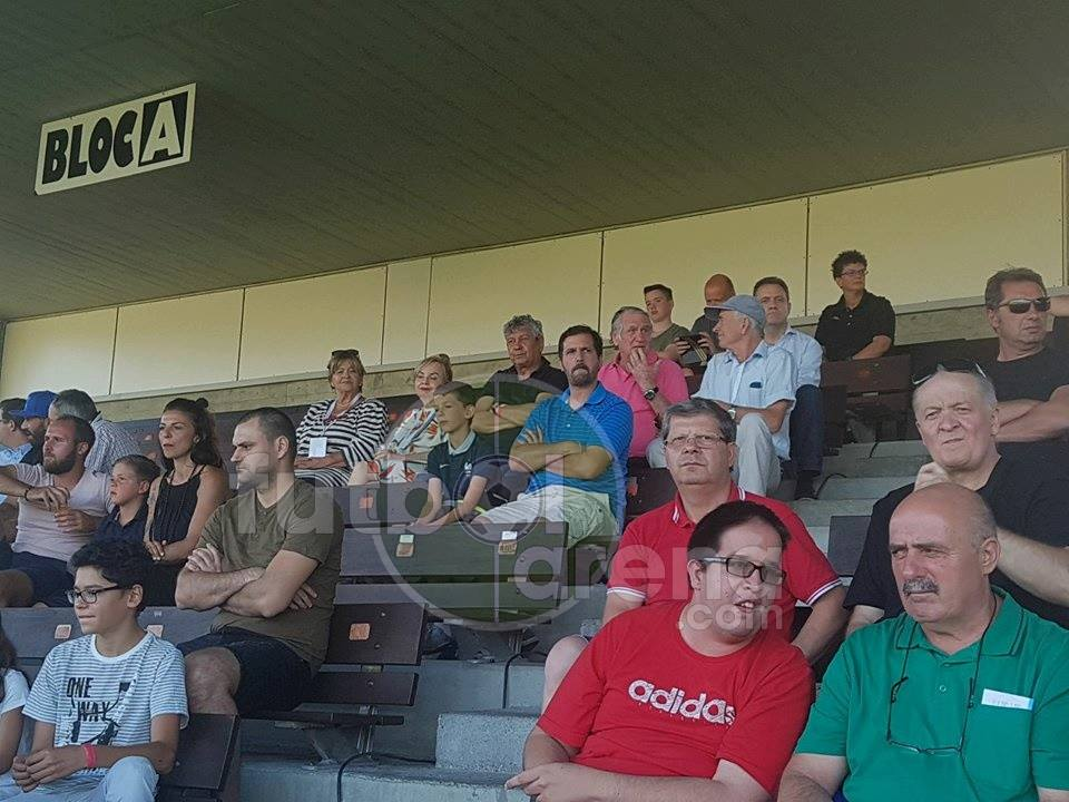 Экс-тренер Шахтера побывал на матче Фенербахче и Атлетика