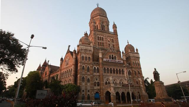 #Honorarium #hike for #Maharashtra #corporators, but what about #accountability? writes @shailesh505   http:// read.ht/B2ue  &nbsp;  <br>http://pic.twitter.com/zGpCf2mMVd