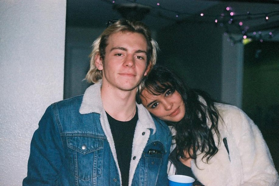 Ross lynch talks about dating russian