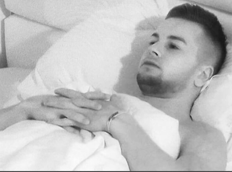 Chris tonight thinking about the possibility of him now doing a rap colab with Stormzy when he gets out of #loveisland