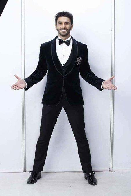 Wishing a Powerhouse of Talent - a Happy Birthday! :-) Happy Birthday Ranveer Singh