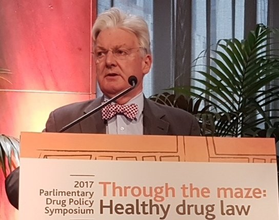 Our host @PeterDunneMP gives his final remarks #drugmaze17 https://t.co/5KALZIW3YR