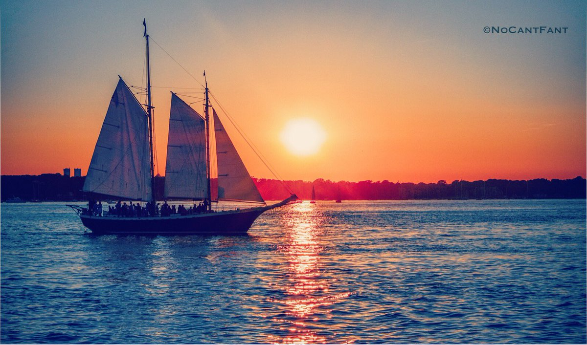 *Paradise Ship*Create Your World! #Sunset #wanderlust #ship #travel #color #epic #sailing #beautiful #NoCantFant #Something4thepeople <br>http://pic.twitter.com/VN2PG4YX6h