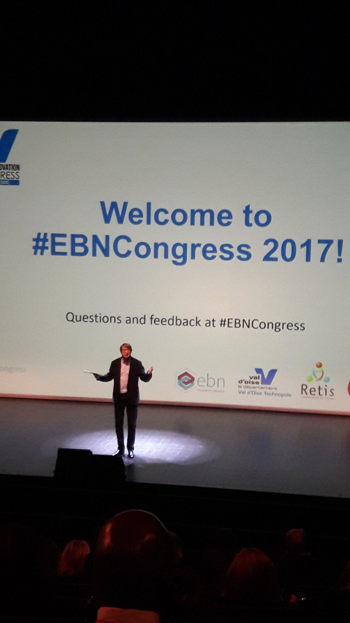 Peter Woodward kicking off #EBNCONGRESS with an impressive entrance. 12 speakers coming up... https://t.co/xwSxCKBRCT