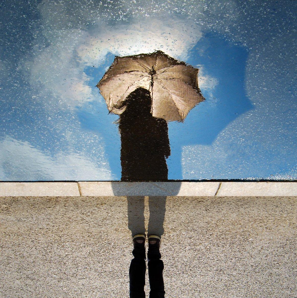 Несколько советов от #swarmium по съемке в дождь https://vk.com/swarmium?w=wall-86937904_17… #дождь #ищуфотографа #ищумодель pic.twitter.com/66BdYZ6BHm
