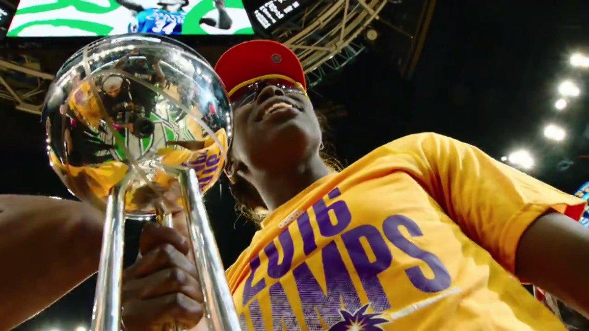 Sparks Lynx game 5 #WNBA FInals 2016 Historic 💜💛🏆😍 #ThisIsForPat 😭 #WnbaFr