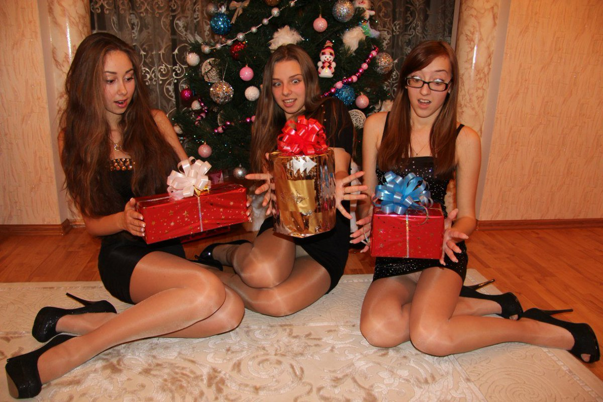 Mackenzie Private Pictures Hot Stockings Upskirt Christmas Male Shemale Sexy