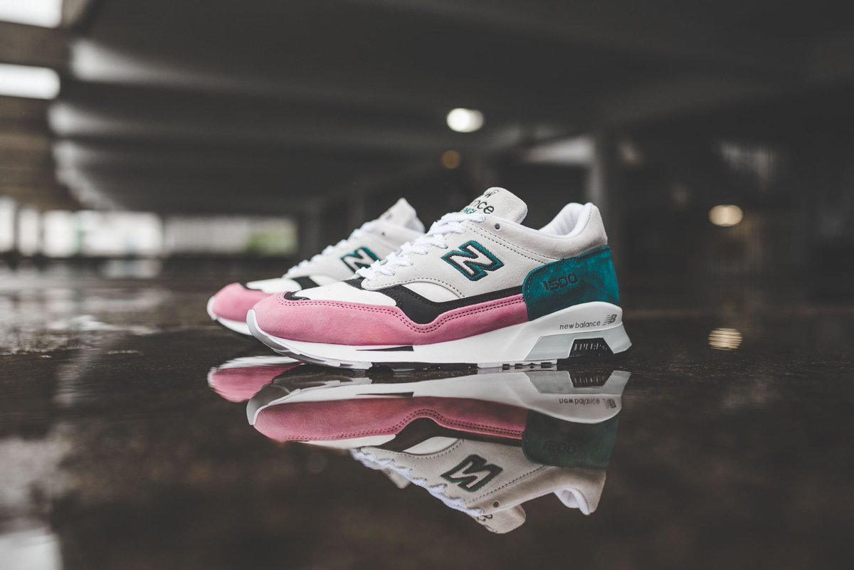 new balance flamingo
