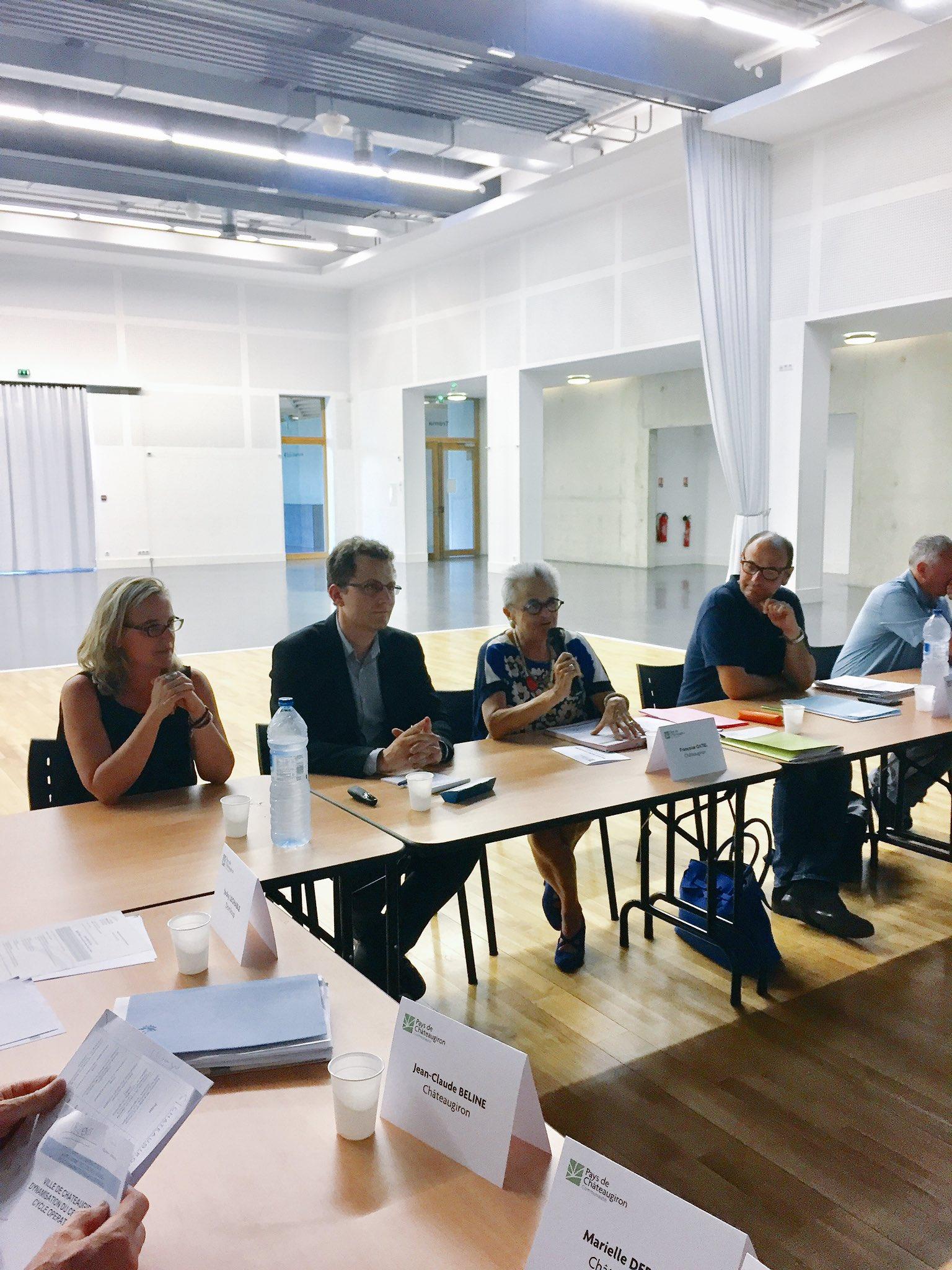 Échanges sur la phase 2 de BTHD en conseil communautaire du pays de Chateaugiron https://t.co/K76c08zltj