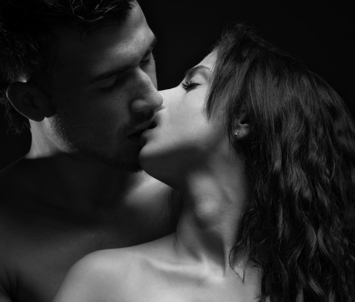 Поцелуй страсть фото картинки