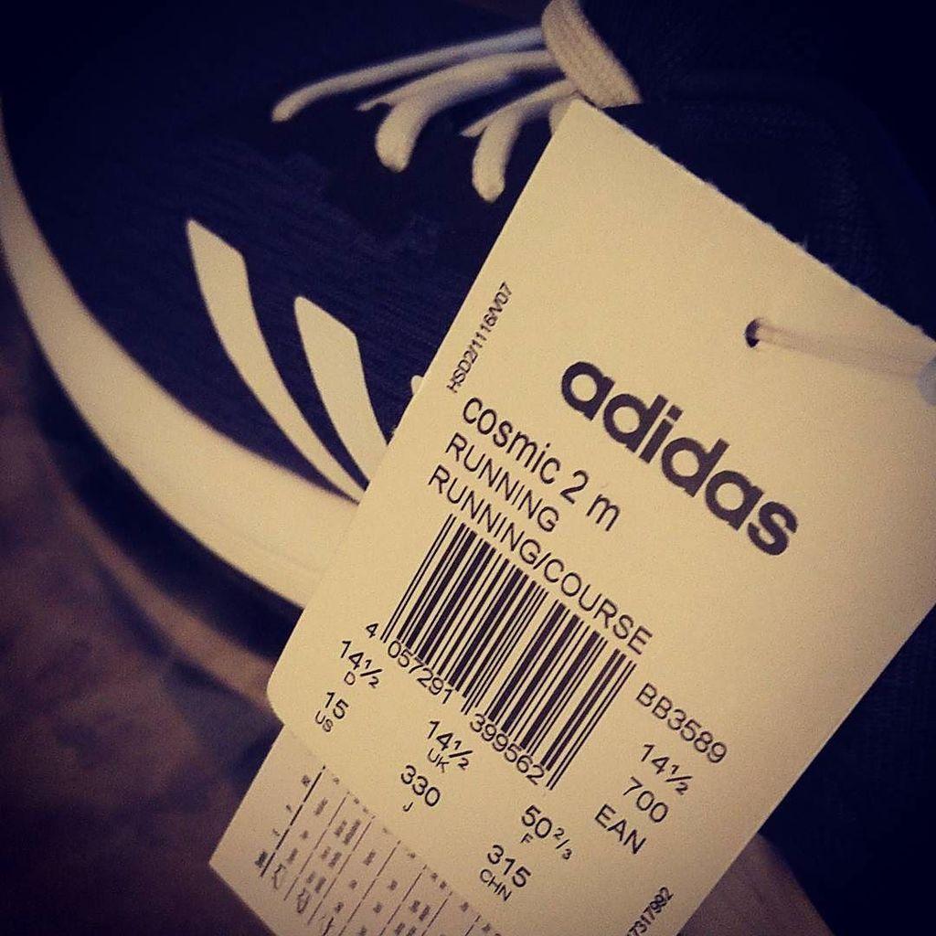 on running schuhe Twitter hashtag adidas EDIWH92