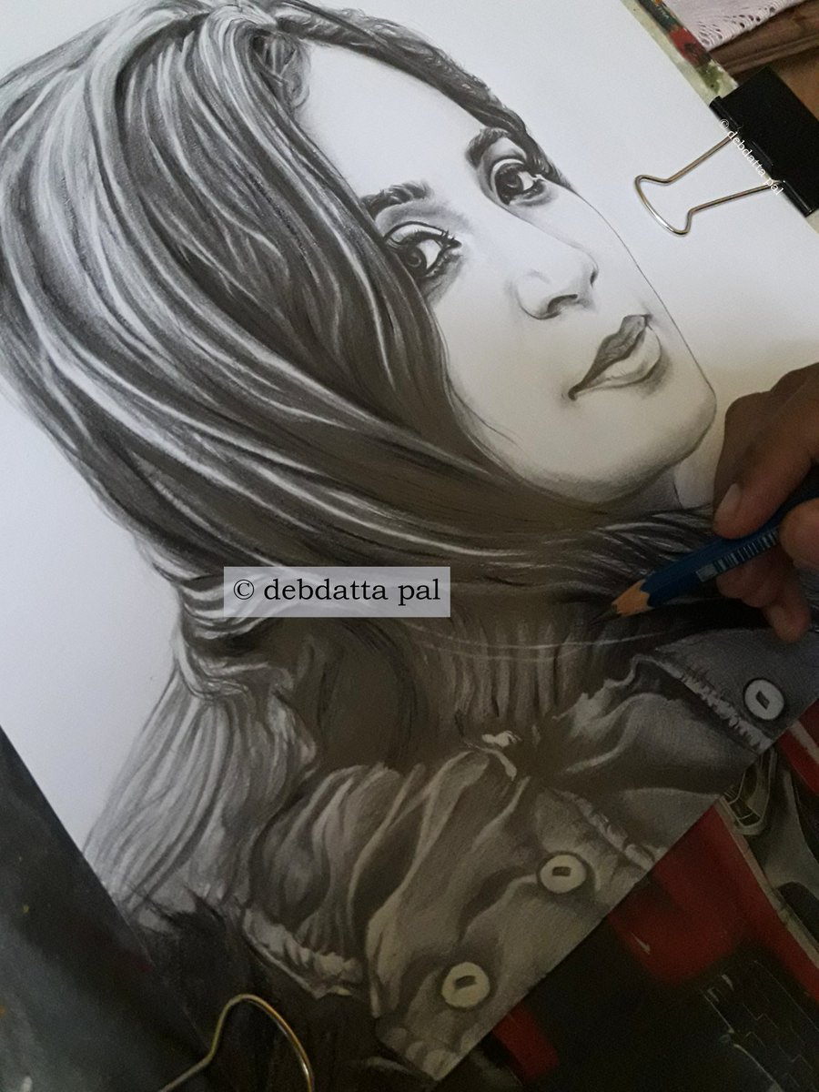 A sketch from @shreyaghoshal 's #DhadkaneAzadHain during its making in Manali, is in progress. 35% remaining. https://t.co/6XmCMFdvd8