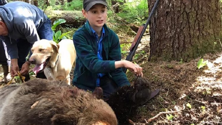 11-Year-Old Stops Charging Brown Bear, Saves Family — https://t.co/1cpfPuD5QE — #hunting #guns #firearms #bears https://t.co/Z8wZNiNRSE