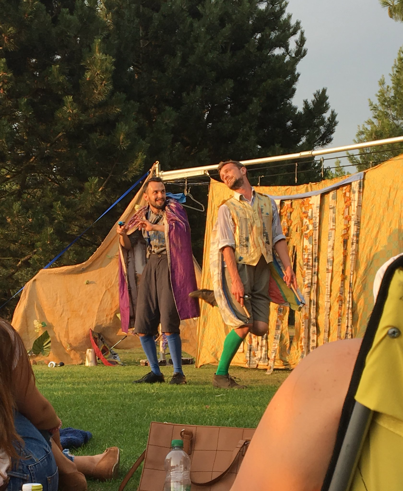saw midsummer nights dream today and it was wonderful ~ i even got to play lysander for the mechanicals play scene!! thank you @HandleBards https://t.co/tXprGxGP8O