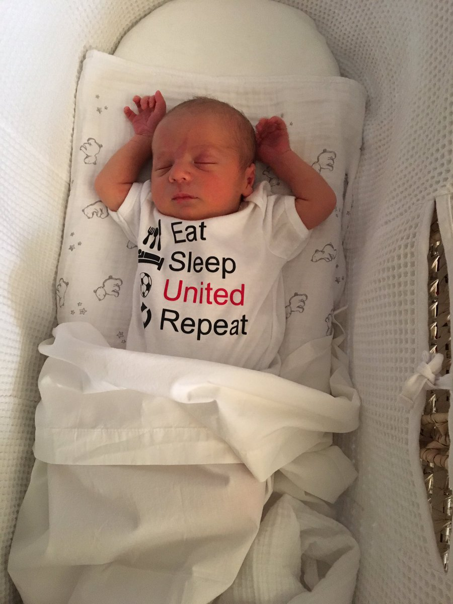 My 3 day old son with already the correct allegiances.. https://t.co/IkYhsPik7t