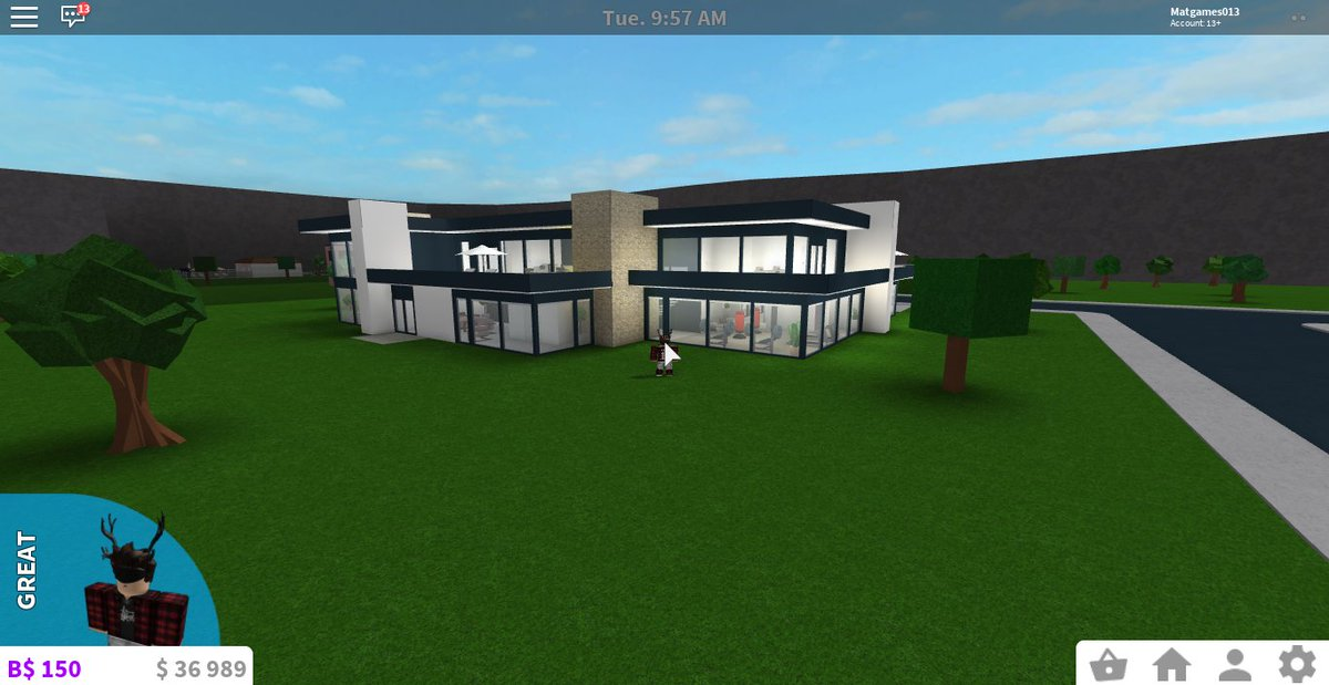 Everything bloxburg on twitter one of the best modern for Modern house design bloxburg