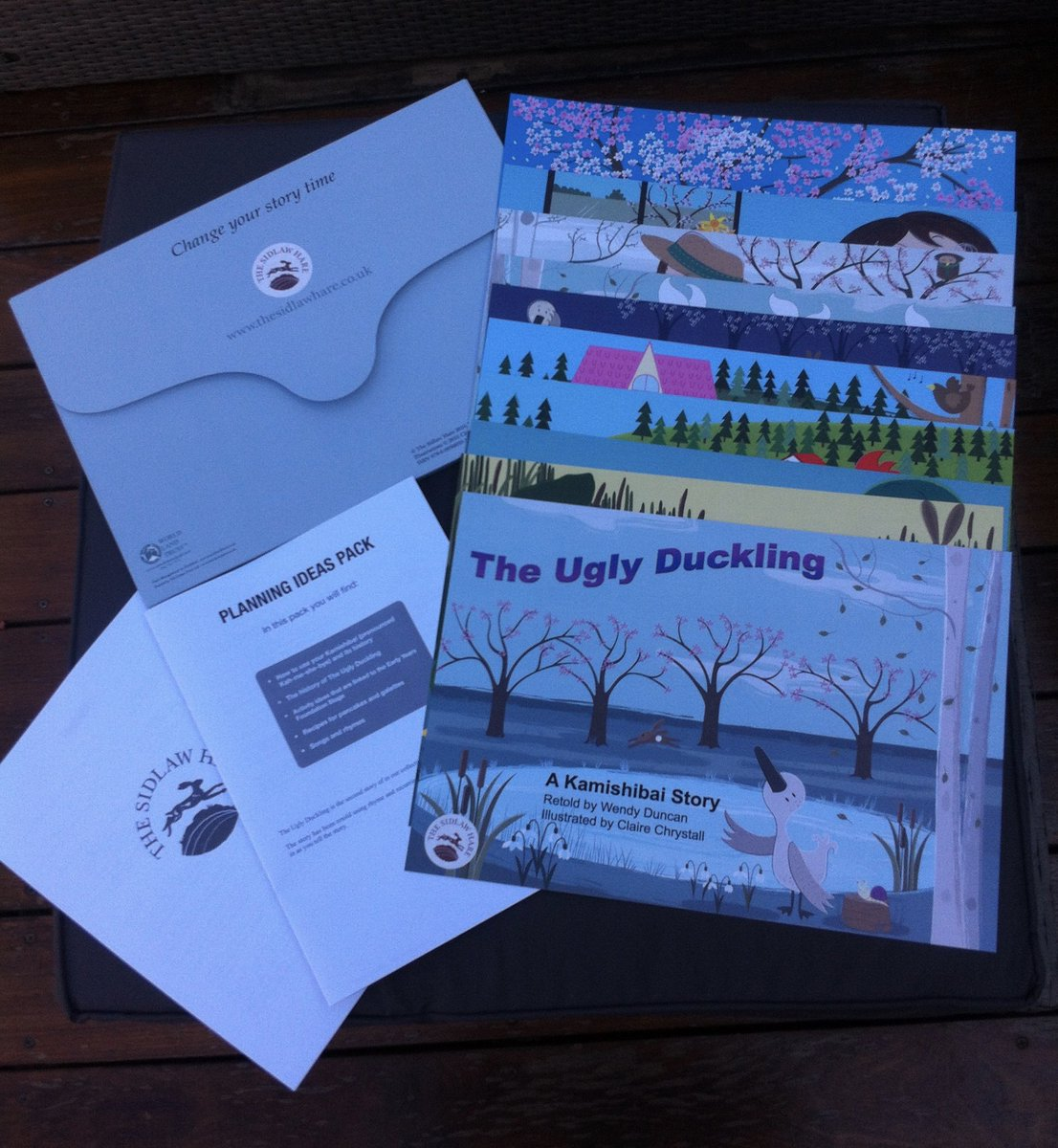 The Ugly Duckling is now available to buy £40 + P&amp;P Pls DM or email wendy@thesidlawhare.co.uk for more info #kamishibai #htlmp #lovereading<br>http://pic.twitter.com/rJXFrk82DR
