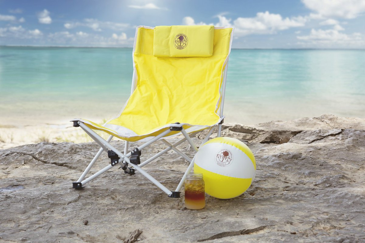 #FireflyFriday Summer #Giveaway! FOLLOW + RETWEET for a chance to win this Firefly beach chair and beach ball! https://t.co/KJrCl65scB