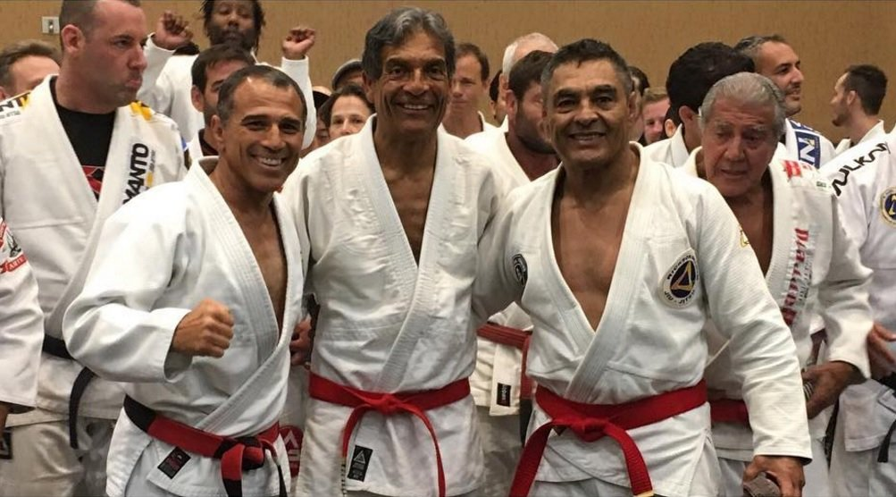 Video: Rickson Gracie promoted to red-belt https://t.co/C4wq7IJGlS https://t.co/mVAPEGsFvY