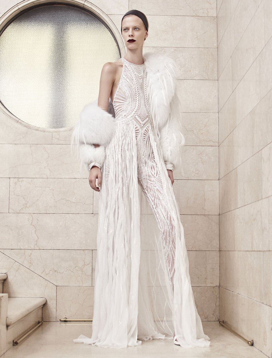 48d84bbee2366 how to slay this weekend courtesy of versace haute couture part 2