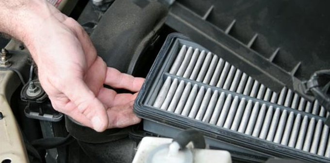 8 DIY Car Maintenance Tips You Can Handle