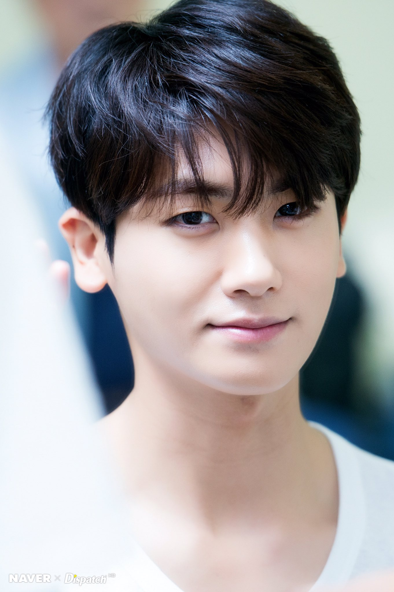 """park hyung sik pics on Twitter: """"wow look at all those flaws he doesnt  have… """""""
