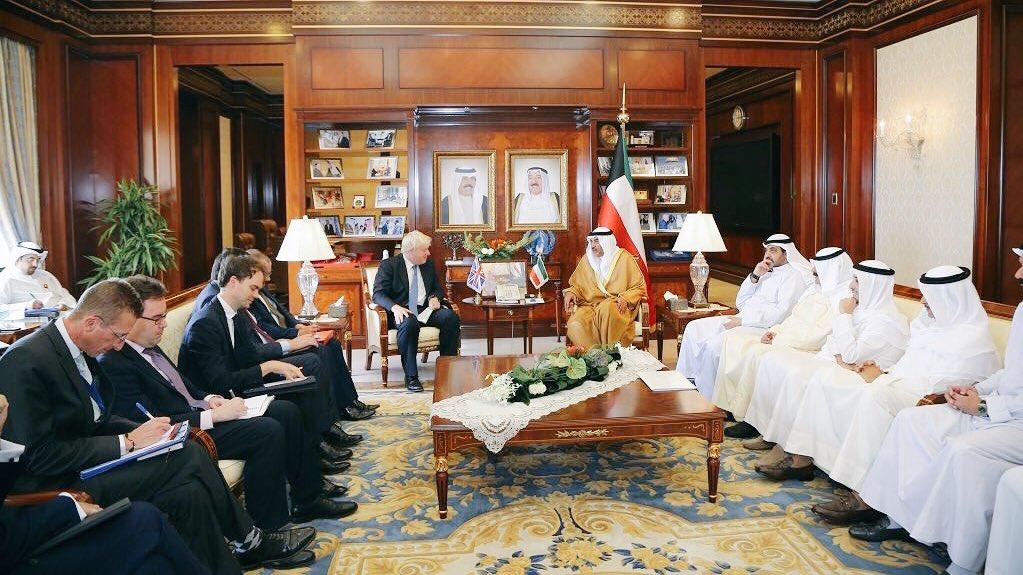 الوفد البريطاني يسجل الملاحظات و الوفد الكويتي رايحين ملچه!! https://t.co/uelpTmvOS0