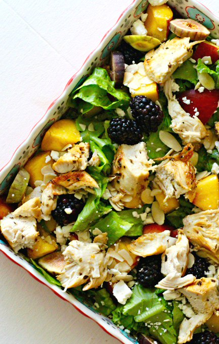 Peach, Blackberry and Fresh Fig Salad with Grilled Chicken