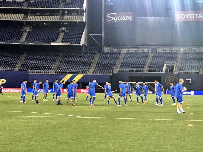 Preparacion para Copa Oro 2017. DEQ9rjlVoAAy4p2
