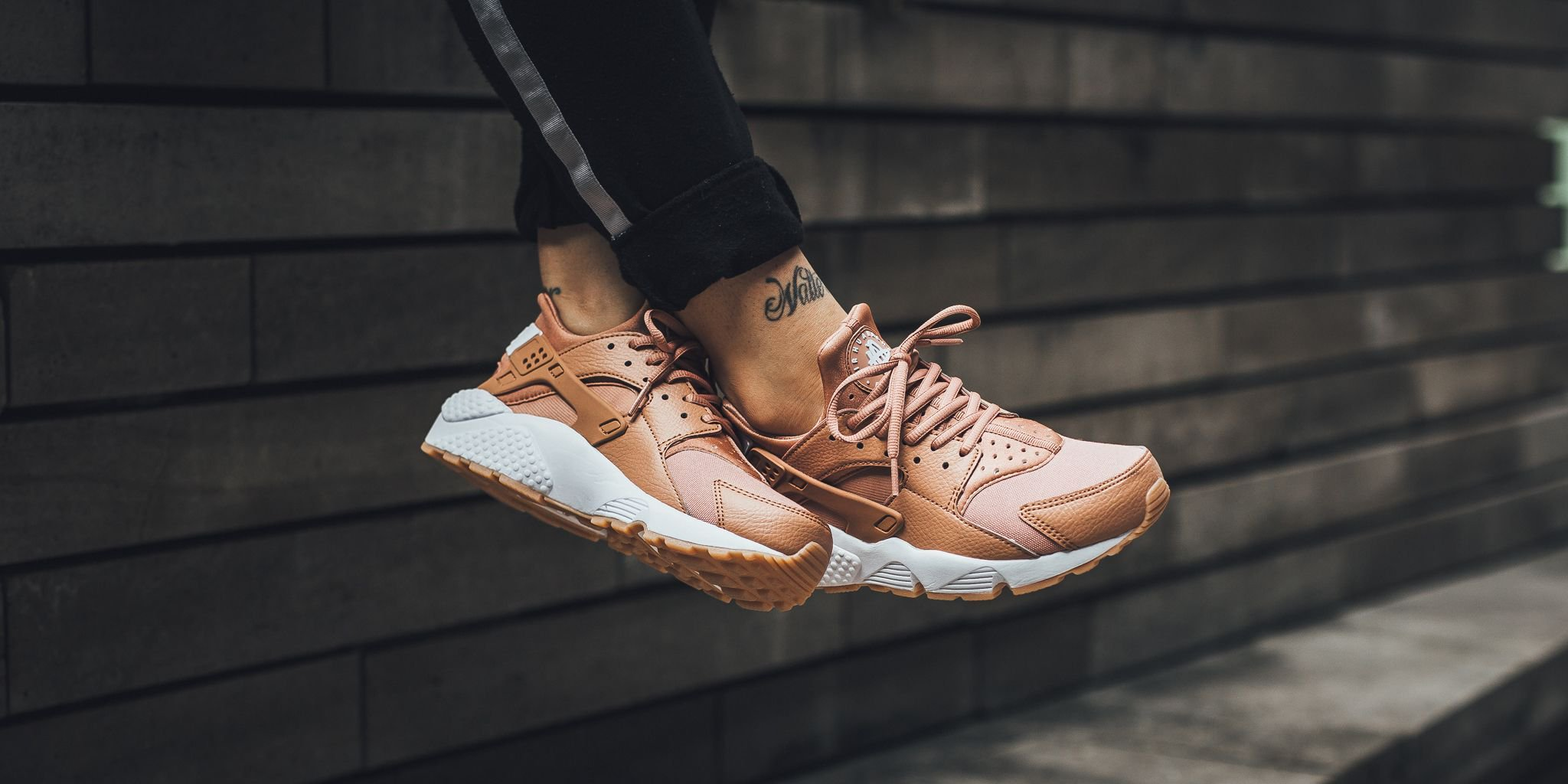 most popular lace up in fashion TITOLO on Twitter: