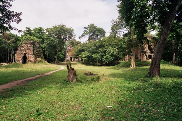 #Khmerpride  Sambor Prei Kuk was declared as a UNESCO World Heritage Site #khmer #cambodia  photo credit: Baldiri https://t.co/ORnMDLBKmg