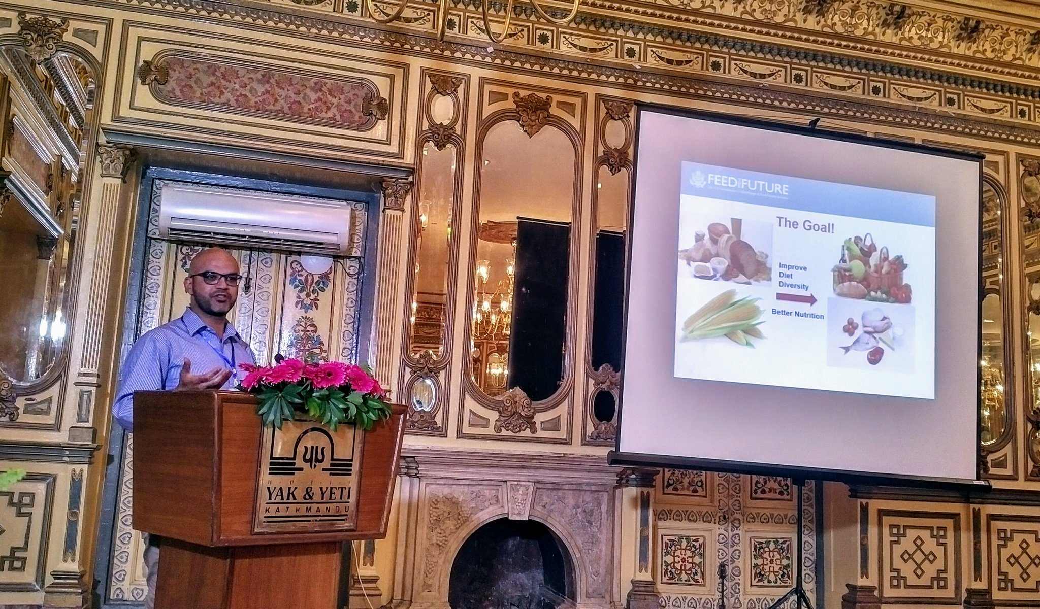 @magablha talk on #food safety issues and global #nutrition, in Nepal today. #AgNutSympo @FTFNutriLab @IMMANA_res https://t.co/6YTNJP2ygX