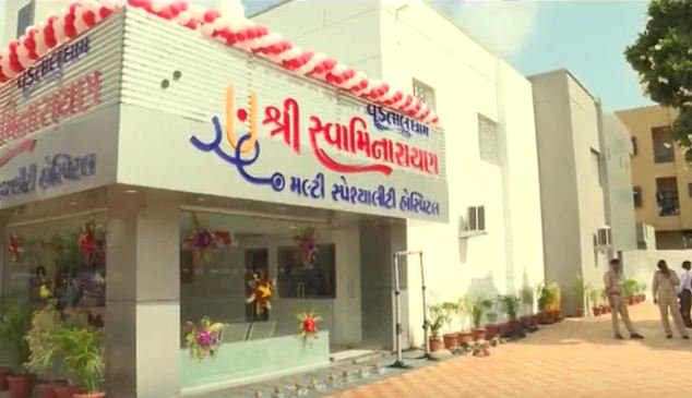 CM dedicates Swaminarayan general hospital of Vadtal Dham