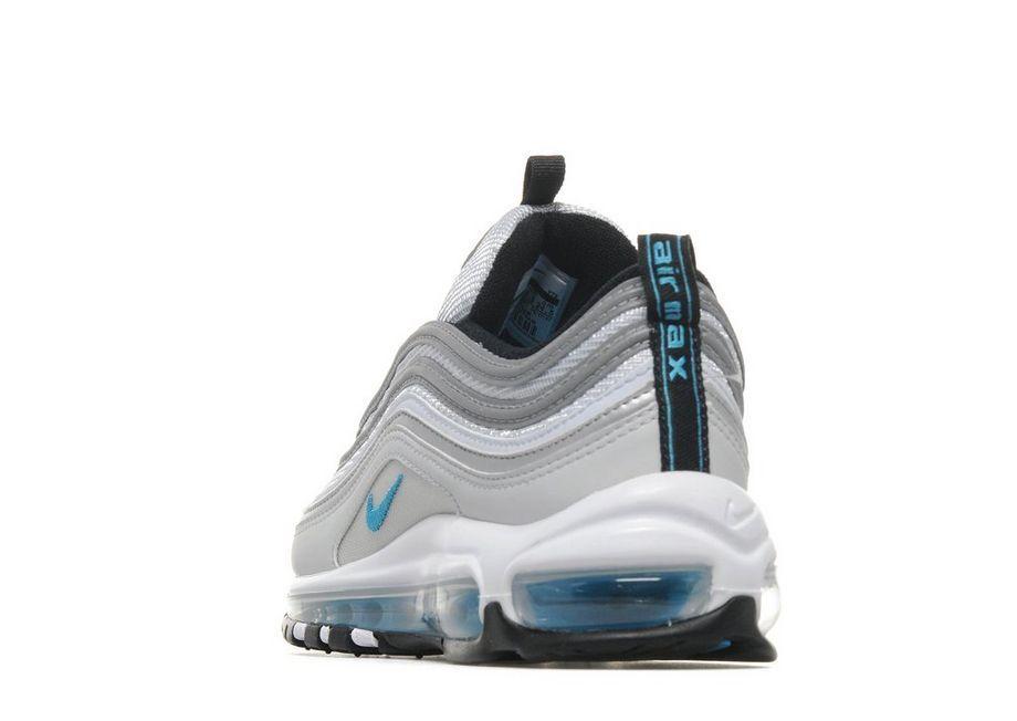 pretty nice 77243 3bac0 Sneaker Myth on Twitter