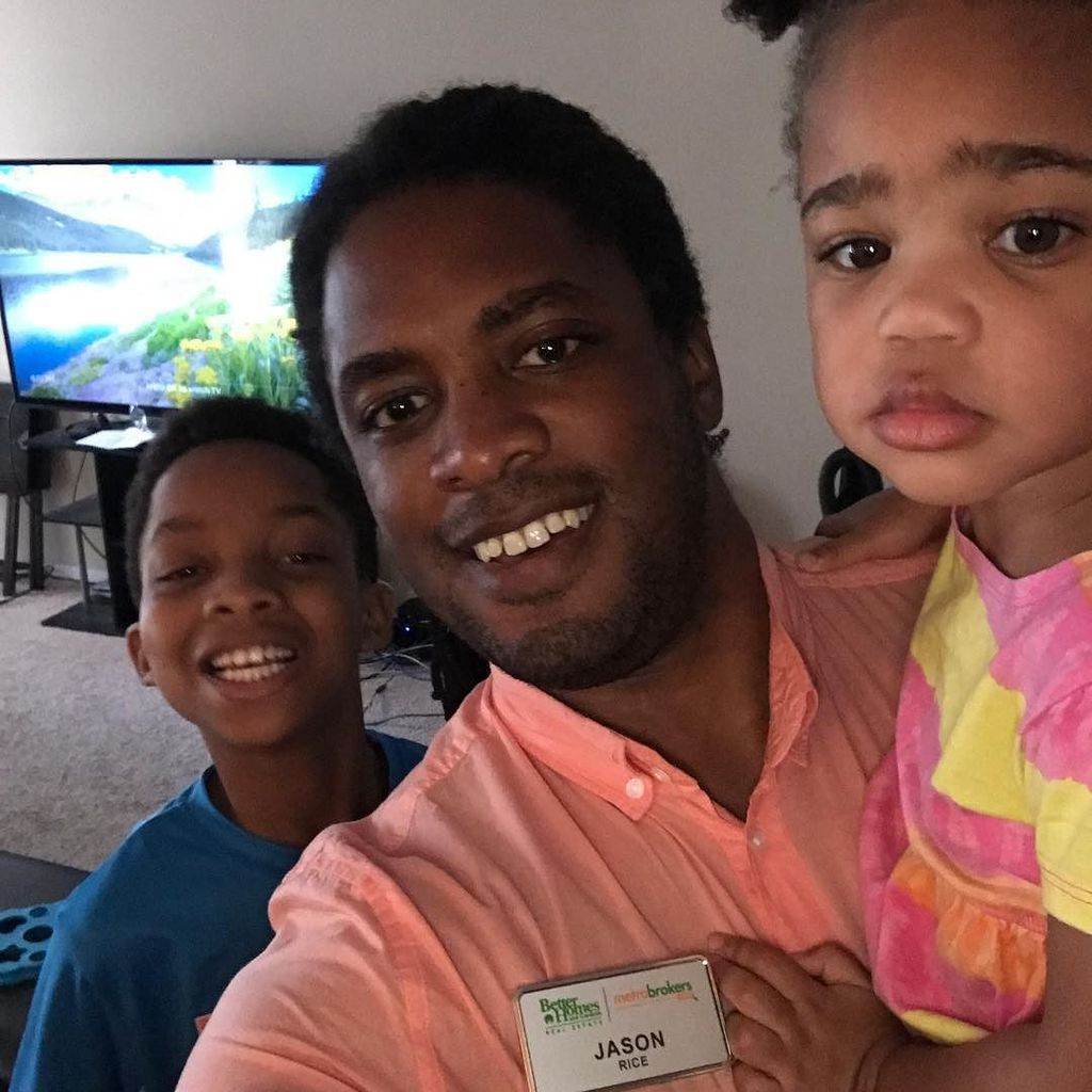 #latepost hanging out with my niece and nephew yesterday. Always a joy hanging with these two. #realestate #atlrea…  http:// ift.tt/2tX38nc  &nbsp;  <br>http://pic.twitter.com/LlnJyIAlE3